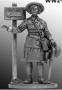 Девушка - инструктор МПВО с ручной сиреной, 1941-44 гг. СССР